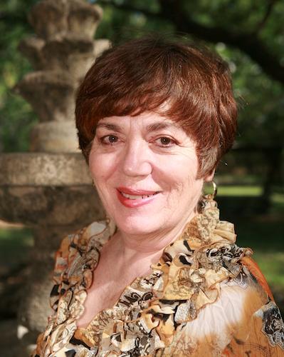 Lucia Capacchione, PhD, ATR, REAT - Profile Photo