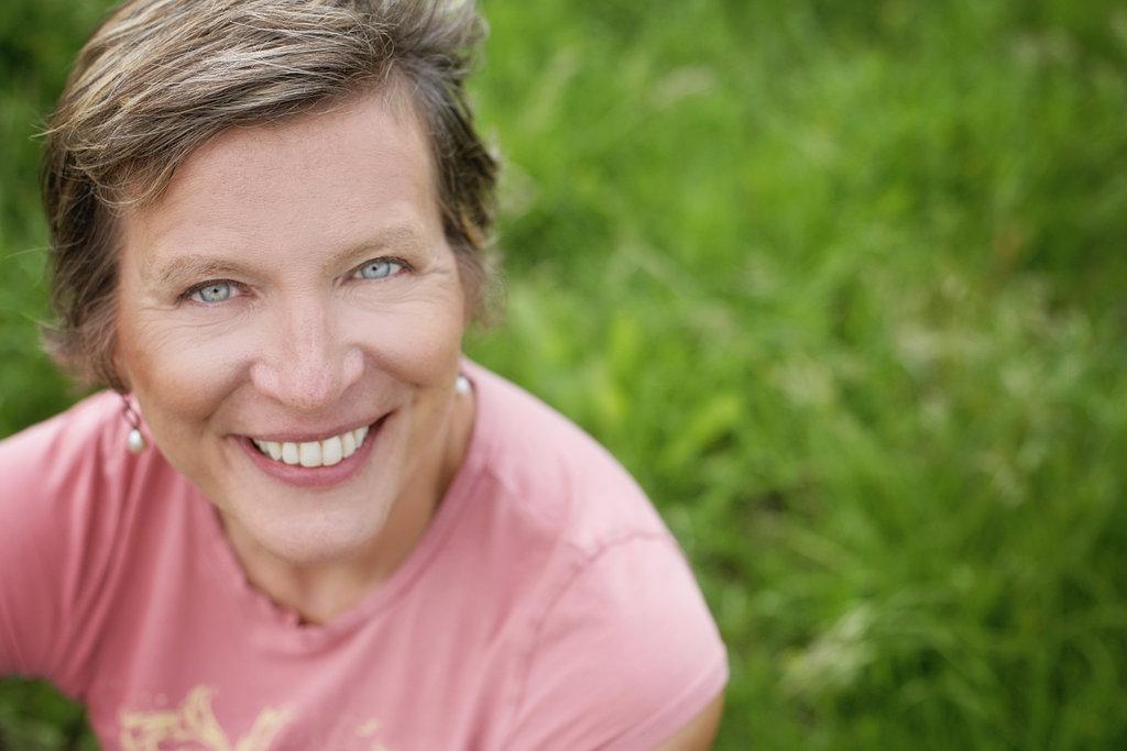 Suzanne Falter Profile Photo